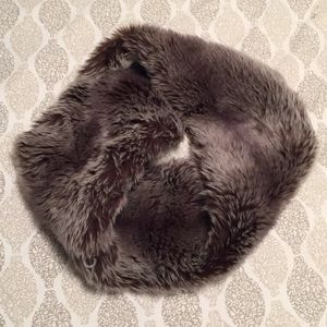 Accessories - Faux Fur Infinity Scarf NWOT